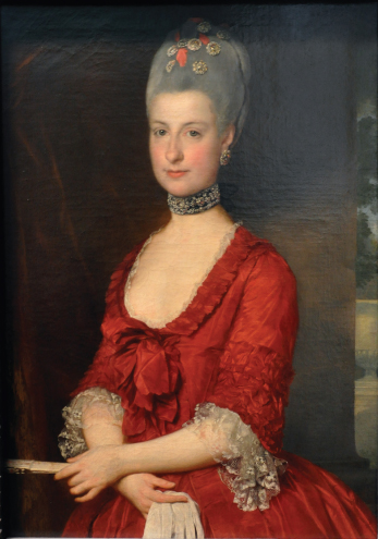 Small pieces of jewelry (possibly they are attached to hairpins) are used to decorate her hair in a portrait of: Archduchess Maria Christina, Duchess of Teschen, Marcello Bacciarelli, 1766