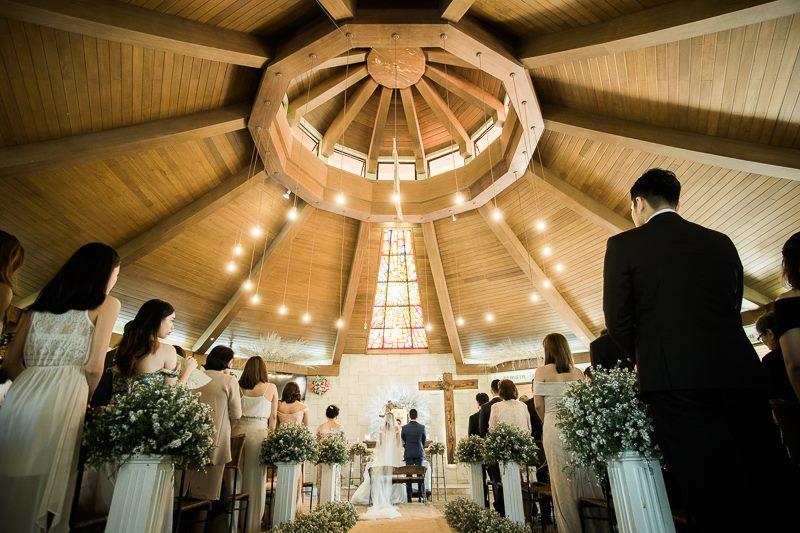 roxci vergs happilyevergara wedding chapel on the hill.jpg