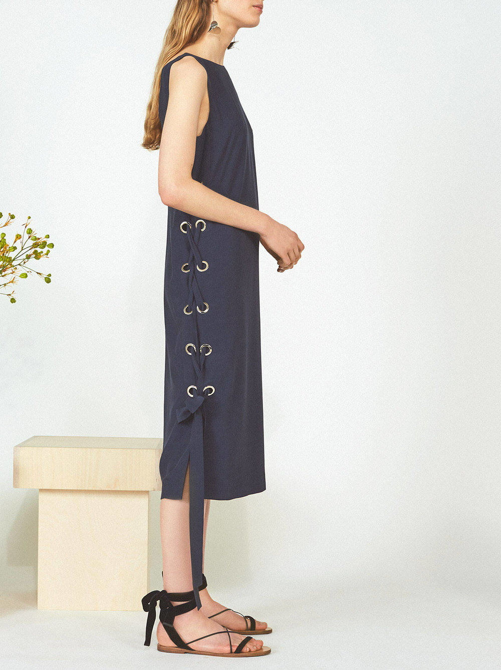 KITRI-Studio-Medora-Navy-Midi-Summer-Dress-1_cc49df53-bd88-440e-8c1e-8b4d18a79767.jpg