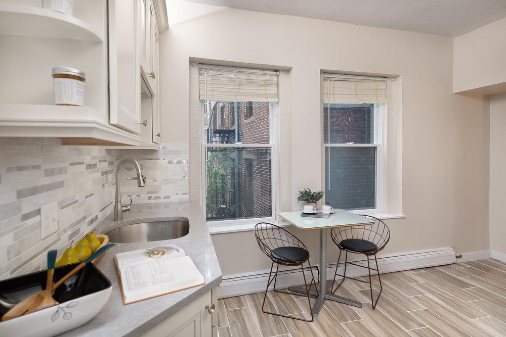 43 Irving St. kitchen2jpg.jpg