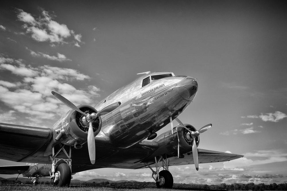 1937 DC3-.jpg