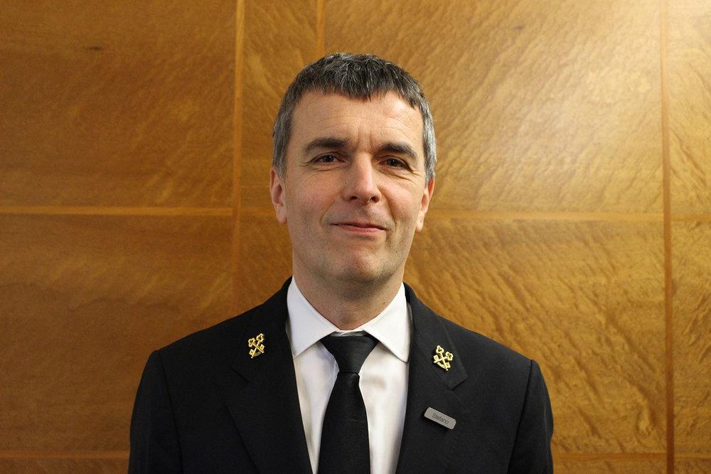 Stefano Trovo – Concierge at COMO The Halkin