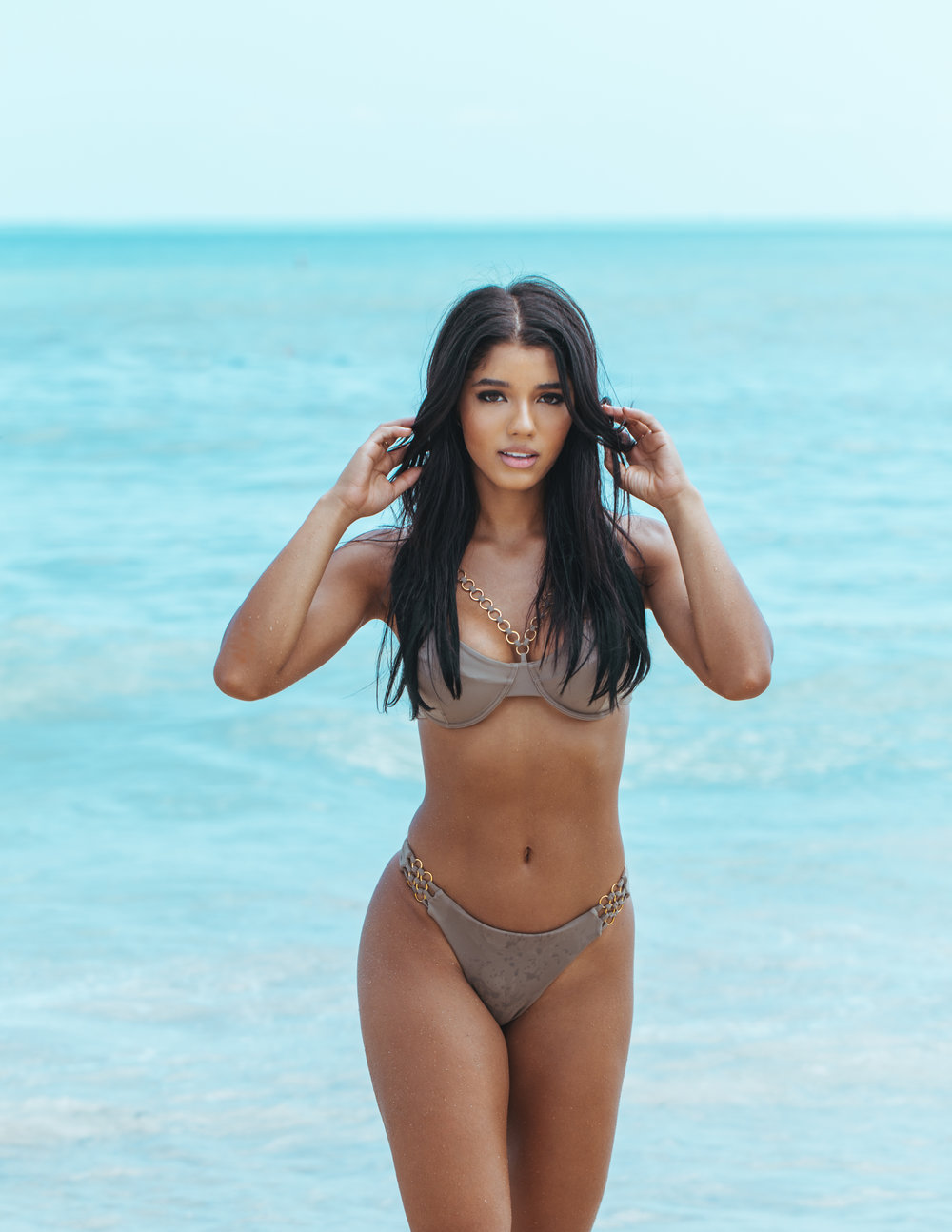 Yovanna By Richard Guaty--21.jpg