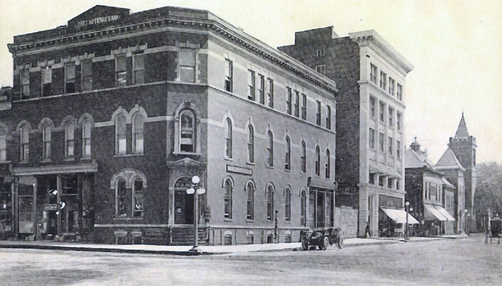 Willdon Building early 1900s (retouched).jpg