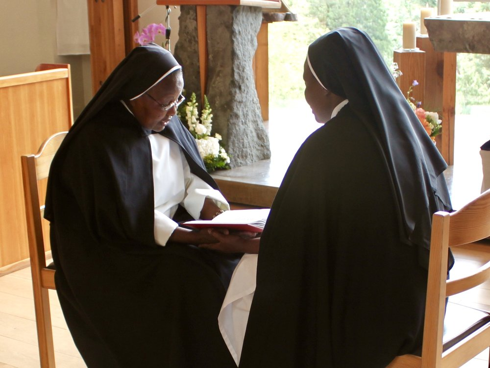 Sr. Florentina Marie made her vows in the hands of our prioress, Sr. Marie Tersidis (also Sr. Florentina's blood sister).