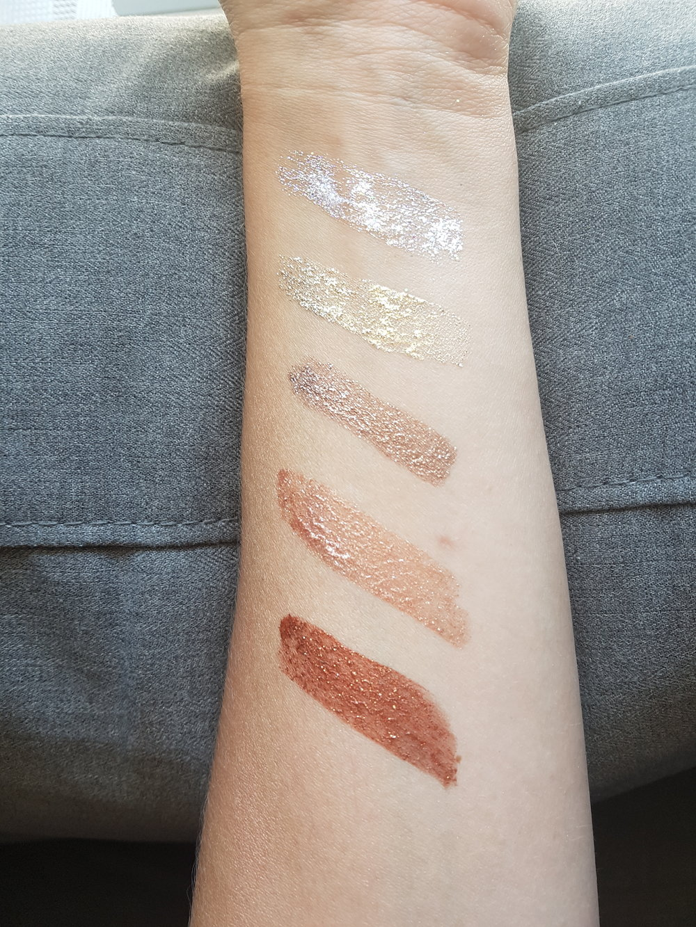 From Top to Bottom;  CrystalLight  SunRay  BareBrilliance  RoseGold  PassionLight