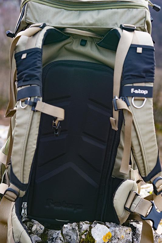 Plaque dorsale du F-stop Sukha.
