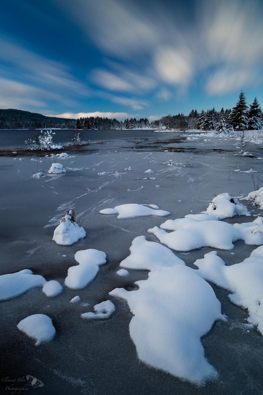 Le lac de Bellefontaine est déjà partiellement gelé !