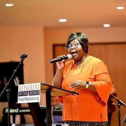 Rev. Sheryl Uzzell | Seminary Tour Coordinator