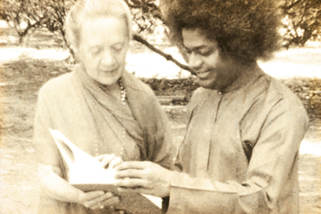 Indra Devi and Sai Baba