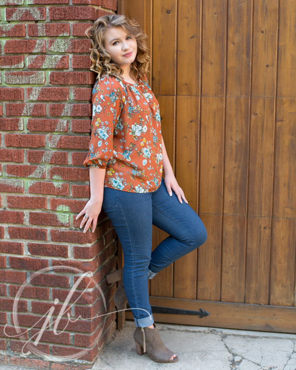 JennBrookePhoto-Senior-Kaylee-downtown-Shreveport.jpg