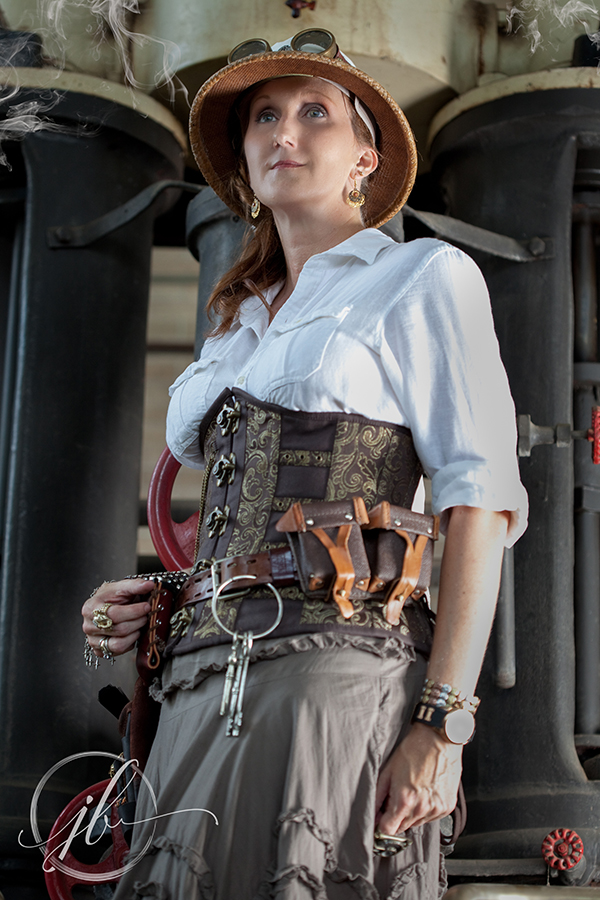 Shreveport Steampunk Photography.jpg