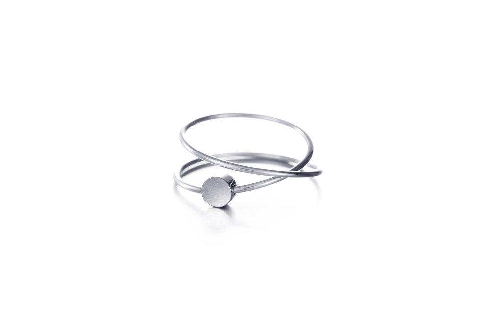 keskipomppu_palette_silver_ring.jpg