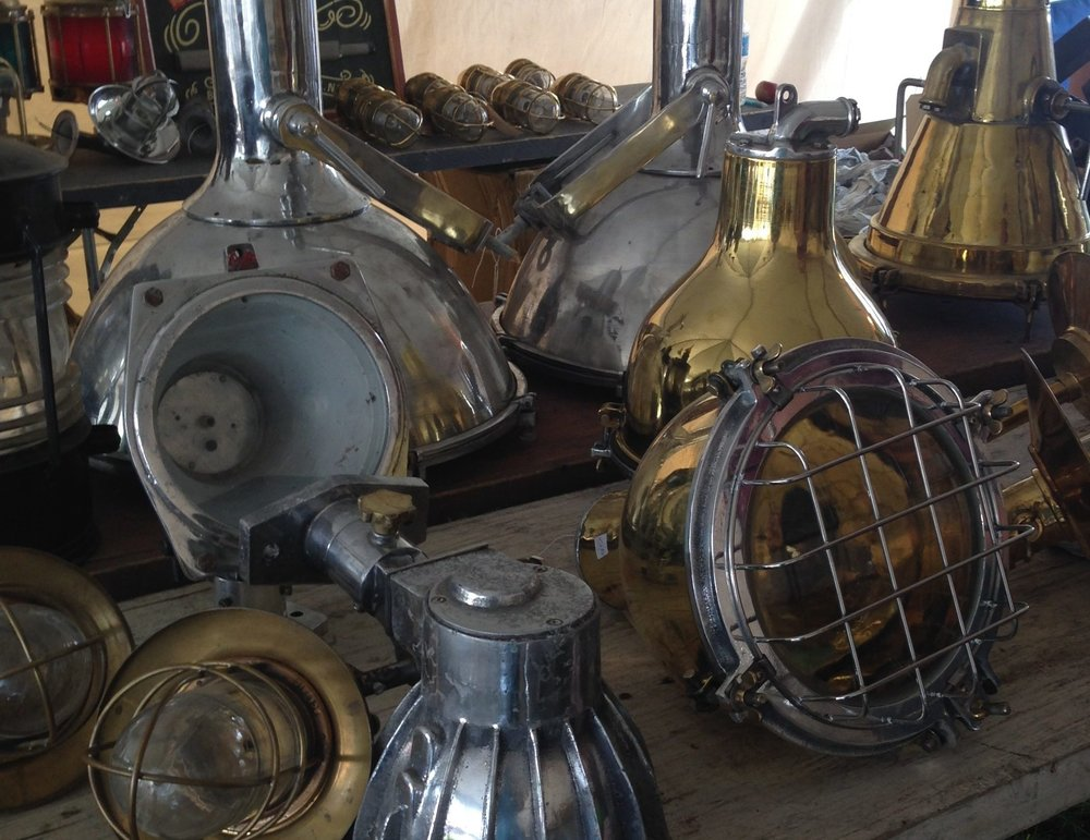 marine light fixtures