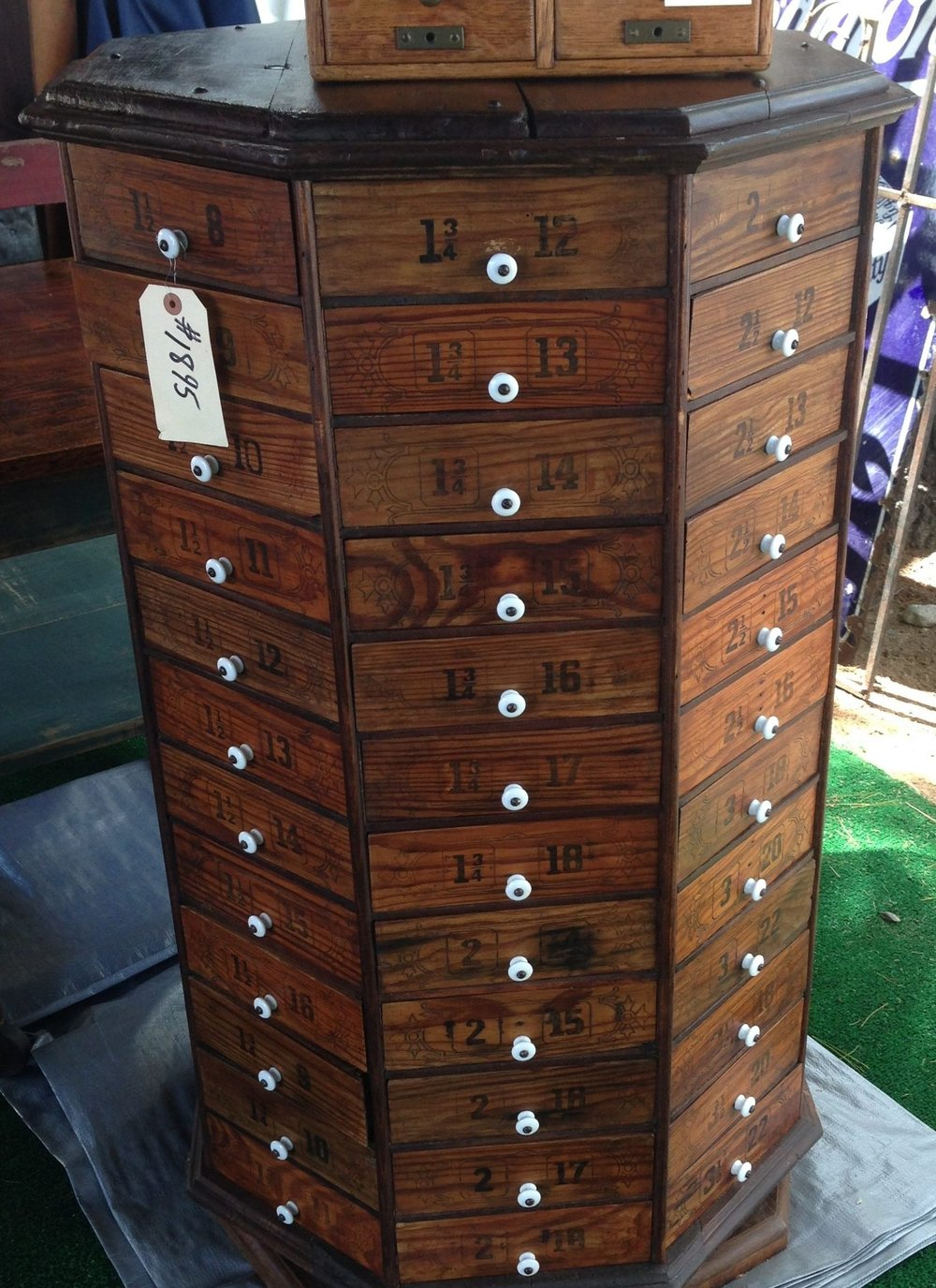 multi-drawer spinning chest