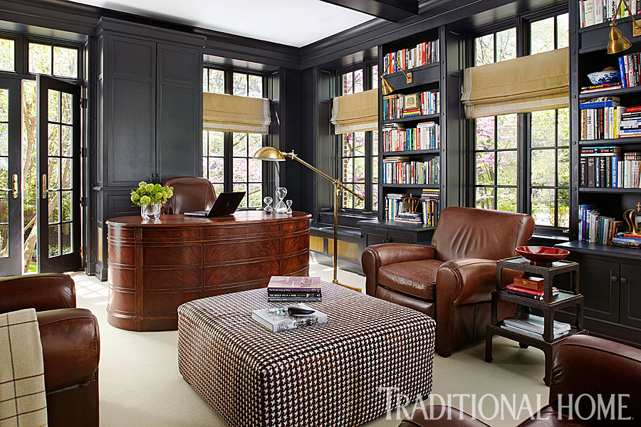 Library/office space by   Suzanne Kipp  , Photo by   Werner Straube   via   Traditional Home