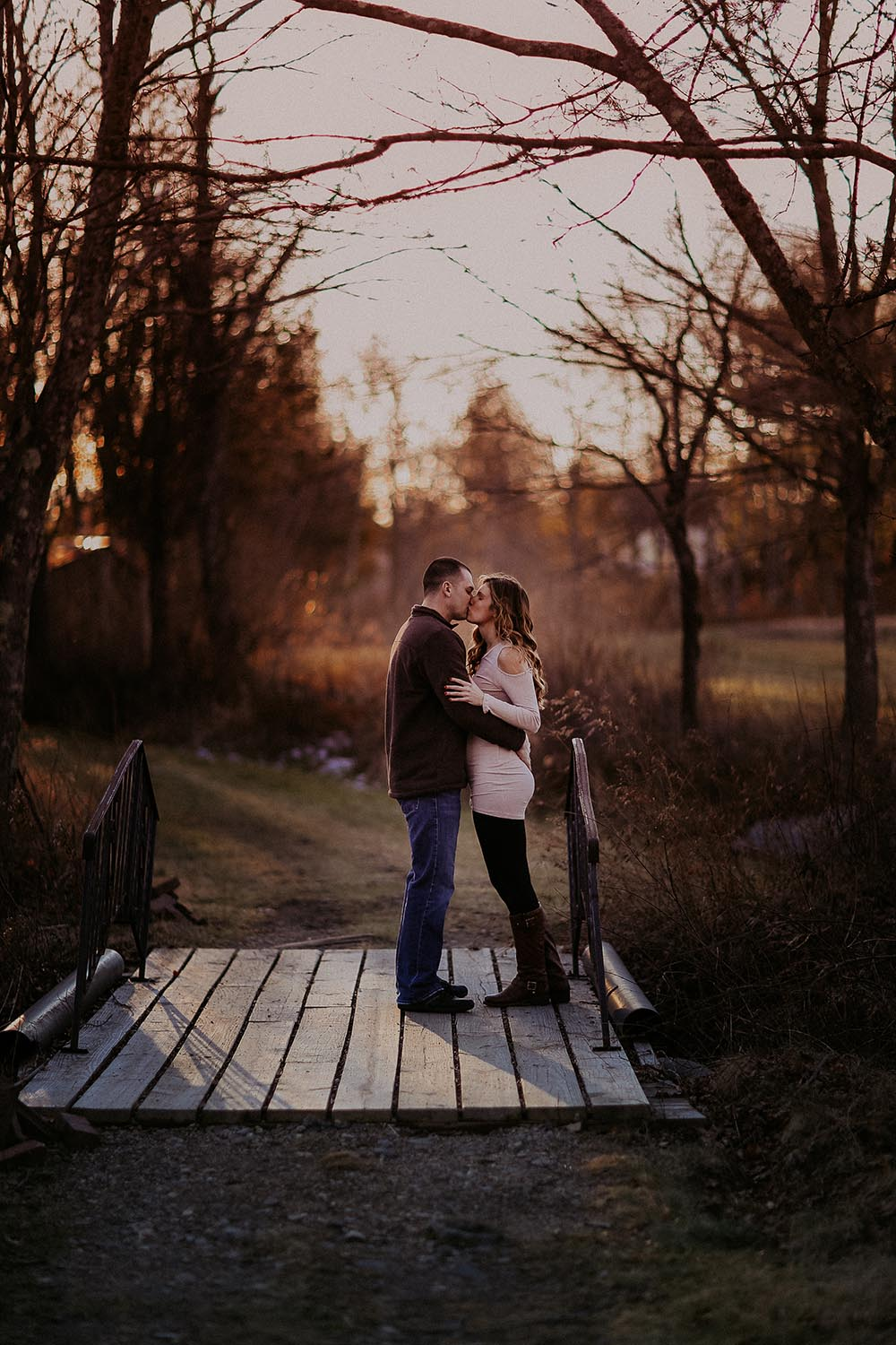 Southern New Hampshire Portrait and Wedding Photographer StellaMya