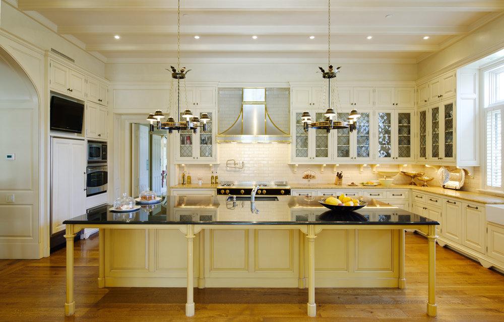 0309 kitchen2.jpg