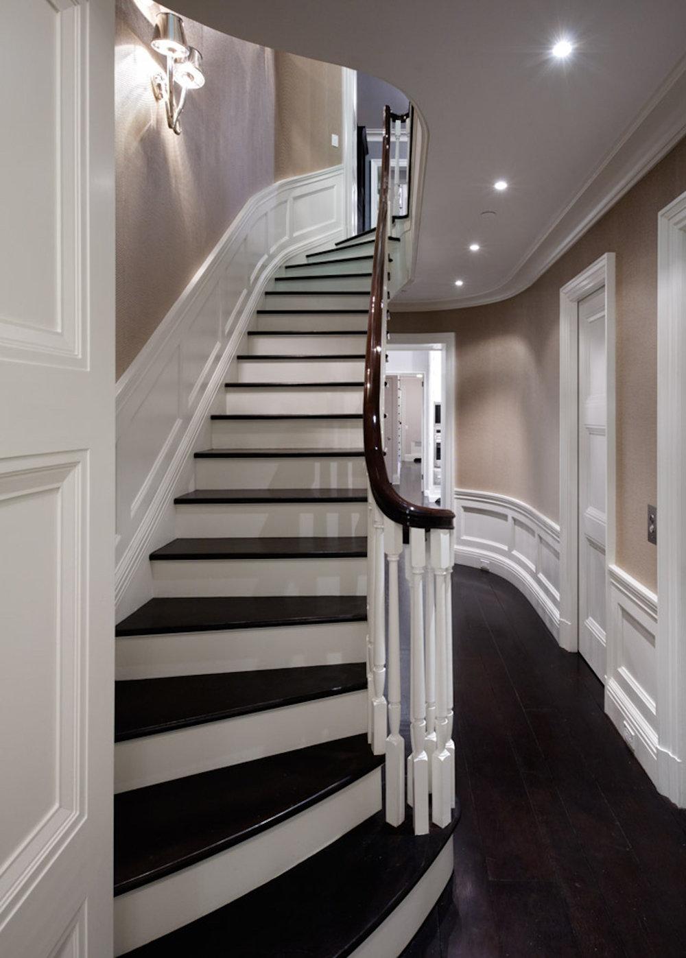 0506_stair.jpg