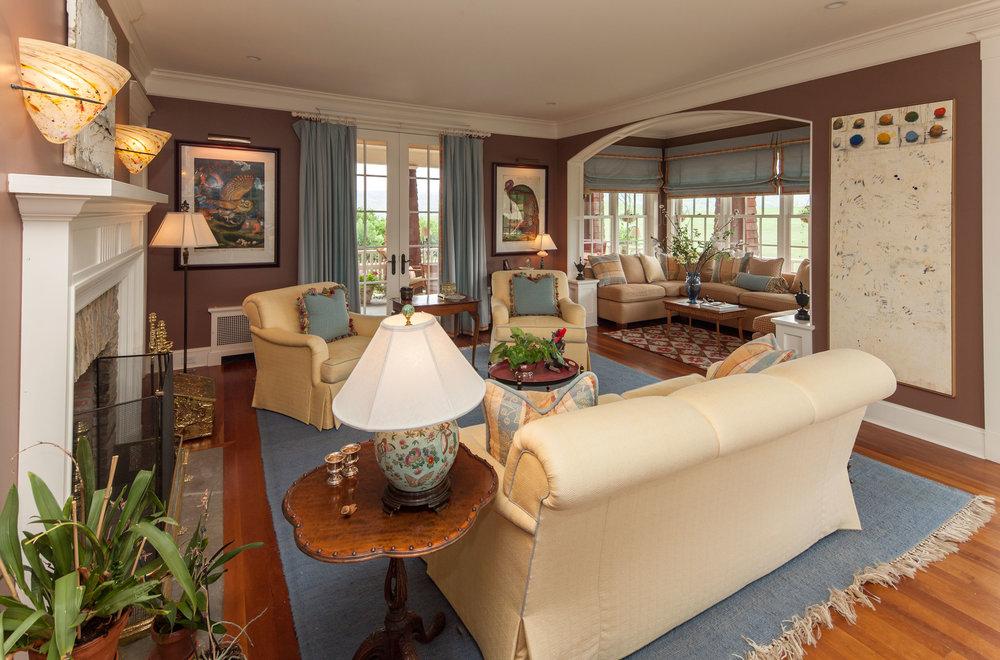 9616_living-room.jpg