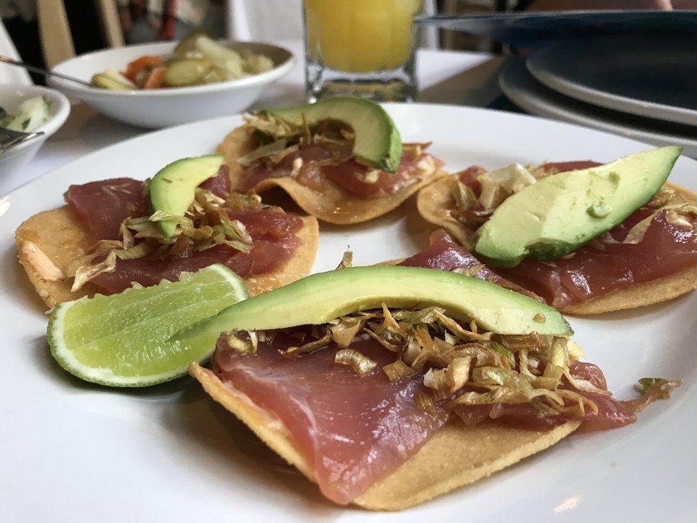 Really good atún toastadas at Contramar