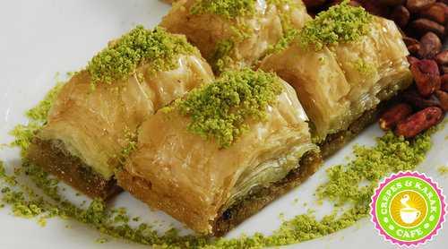 Mediterranean-desserts-baklava.jpeg