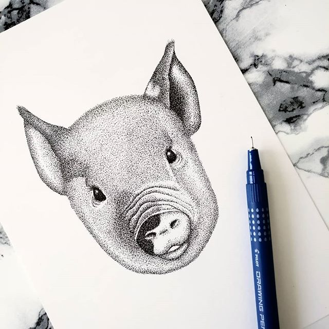 Thank goodness it's Friday! Anyone else really ready for the weekend this week? I know I am! 🙋🏼♀️ I've been working on my Chicken illustration this week and I realised I haven't shown you a few of the other animals I worked on towards the end of last year! I'm sorry 😞  But hopefully this cutie will make up for it! This cute little Pig is another clue to my new range of designs dropping Spring/Summer this year! And it's the Year of the Pig so how's that for timing!  What do you reckon? Do you love her? 🐖