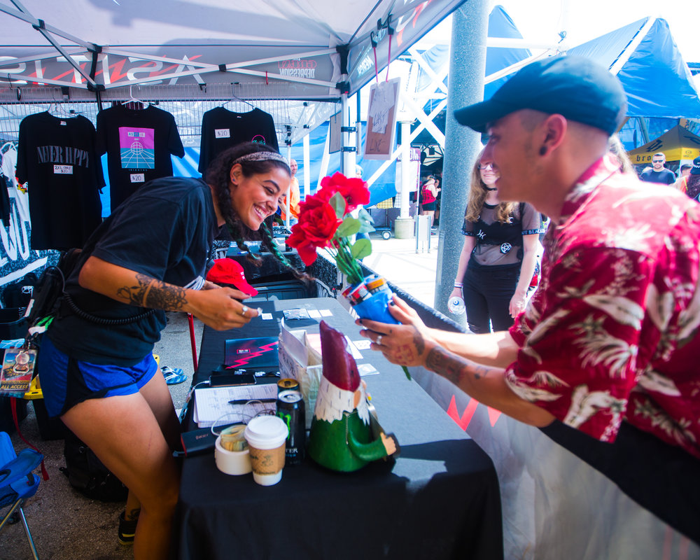 Dakota's prom-posal involved popsicles and flowers from the Chase Atlantic tent