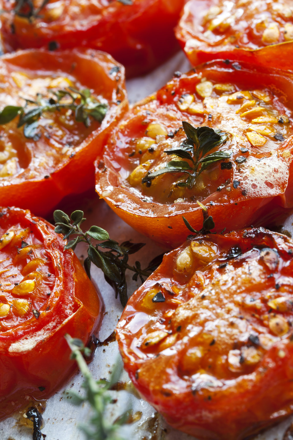 roasted-cherry-tomatoes-PV7N5LE.jpg