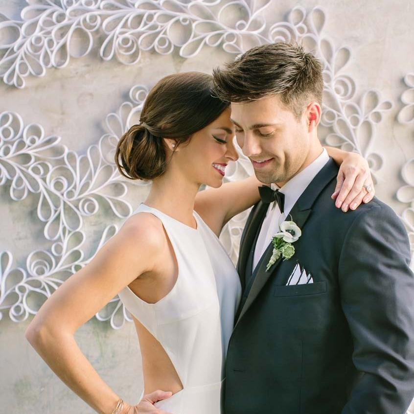 gowns-modern-romance-9.jpg