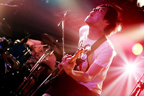 Hideyuki Aoki (Ba)