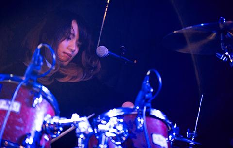 Mineho Osawa  (drums)