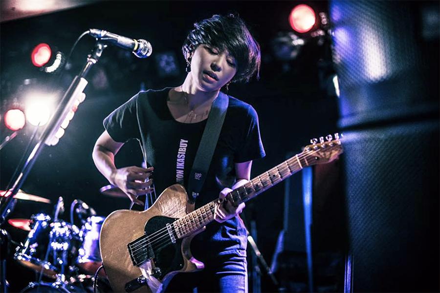 Junko Kimura (lead guitar)