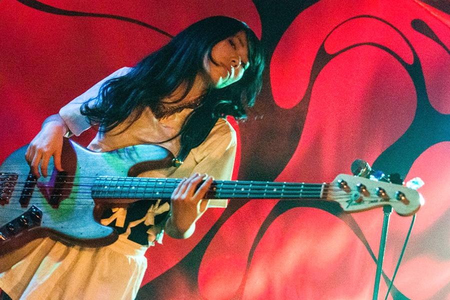 Yuki (Bass, Chorus)