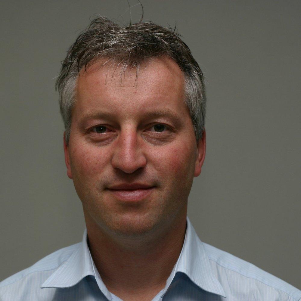 Hilbrand Kikkers   Hilbrand is lid van de deskundige investeringscommissie van G-Force.