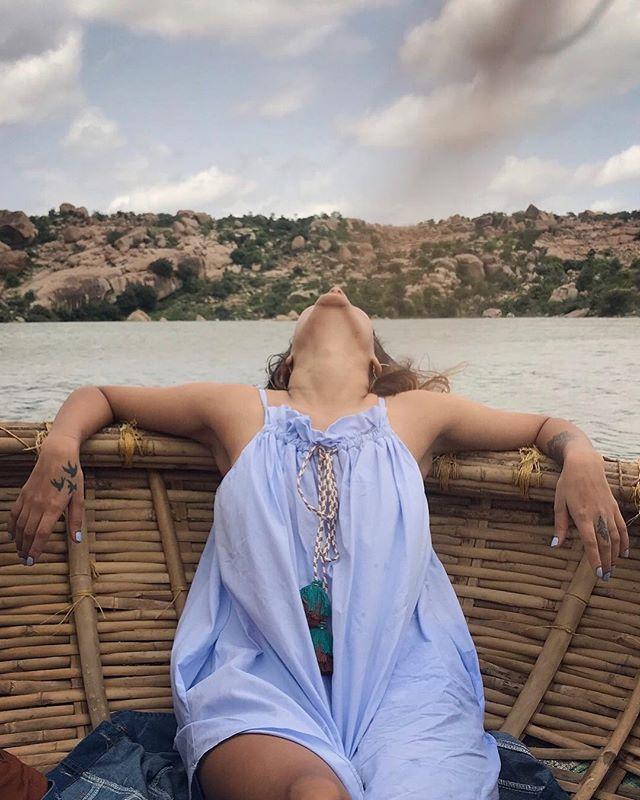 TGIF 📀 . . . @mita.h.singh #TravelBugBytes  #Hampi #Karnataka #karnatakatourism  @cntravellerindia @tripotocommunity @incredibleindia @lonelyplanetindia @historytv18 @natgeoindia @natgeotravel @dametraveler  #India #TravelIndia #Travel #InstaTravel #Travelgram #GlobeTrotter #TravelBlog #TravelBlogger #TravelPhotography #Backpacker #Outdoor #Roam #TravelGuide #Traveller #ExploreIndia #Earth #GoodVibes #TourThePlanet #Wanderlust #Apple #ShotOniPhone #iPhonePhotography #CNTGiveItAShot #NatGeoYourShot #TripotoFeaturedTraveller