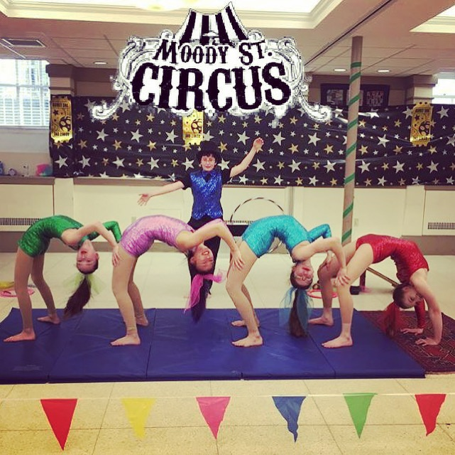 Moody Street Circus Troupers Fanny, Millie, Audrey, Zoe and Benji.