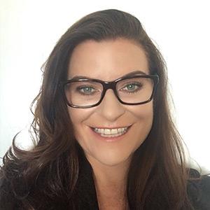 Dr. Shona           Halson -
