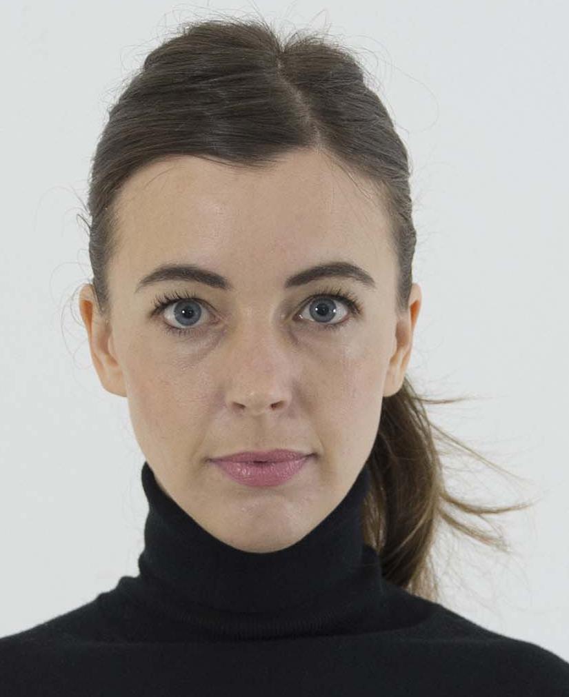 SARA GINOLAS IST STEINMETZIN & BILDHAUERIN UND ARBEITETE IN CARRARA, ITALIEN. DANACH STUDIERTE SIE DESIGN. SIE LEITETE EINE WERKSTATT UND BILDETE SCHULMÜDE KIDS IM METALL UND HOLzHANDWERK AUS.NEBEN IHRER LEHRTÄTIGKEIT ERFORSCHT SIE DAS BILDUNGSPOTENZIAL UND DIE RESONANZ VON MATERIE. - Bergische Universität WuppertalWerkstattpädagogin ProduktionsschuleAusstellung NRW -Forum DüsseldorfGastdozentin Hochschule DüsseldorfKunden:Andreas Schmitten, Tapetenagentur Köln, MAIS Institut NRW, Bergische Universität Wuppertal und private Sammler