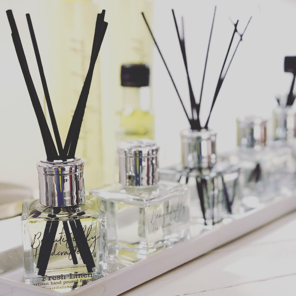 Natural hand poured reed diffuser