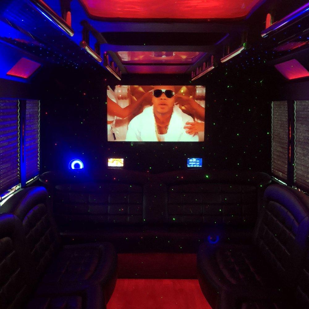 Tiffany F550 Limo Bus