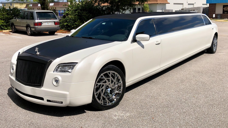 Rolls Royce Limo >> Vip Limo Service Rolls Royce Phantom 300 Stretch Limousine