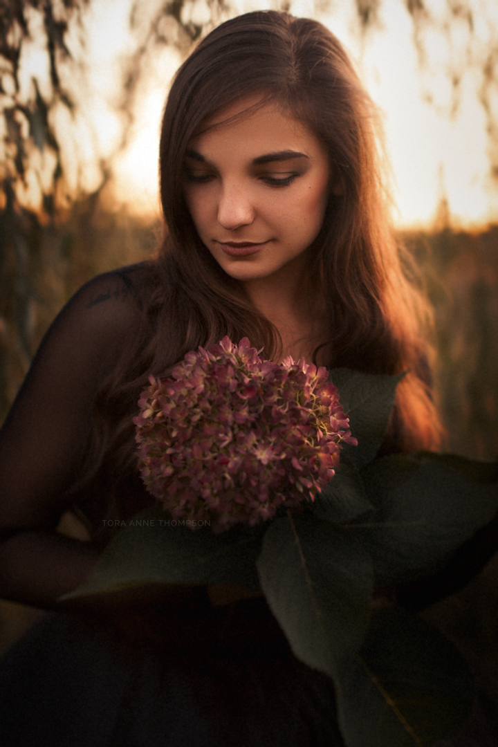©-Tora-Ane-Imagery-Sunset-Portrait.png