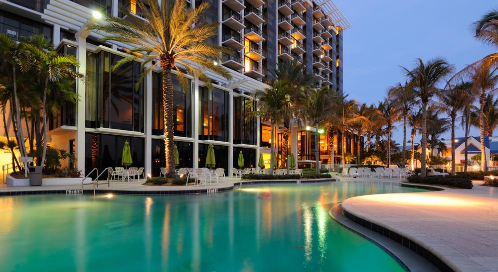 luxury_resort.jpg