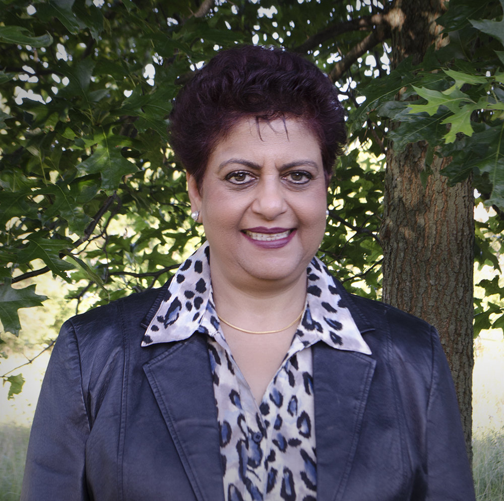 Sarita Outdoor.jpg
