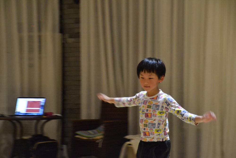 4-7 creative modern dance 4.JPG