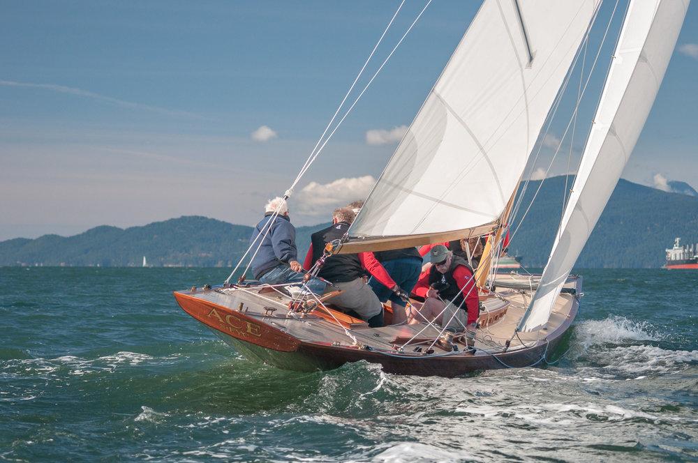 R-Class Boat Ace heads upwind