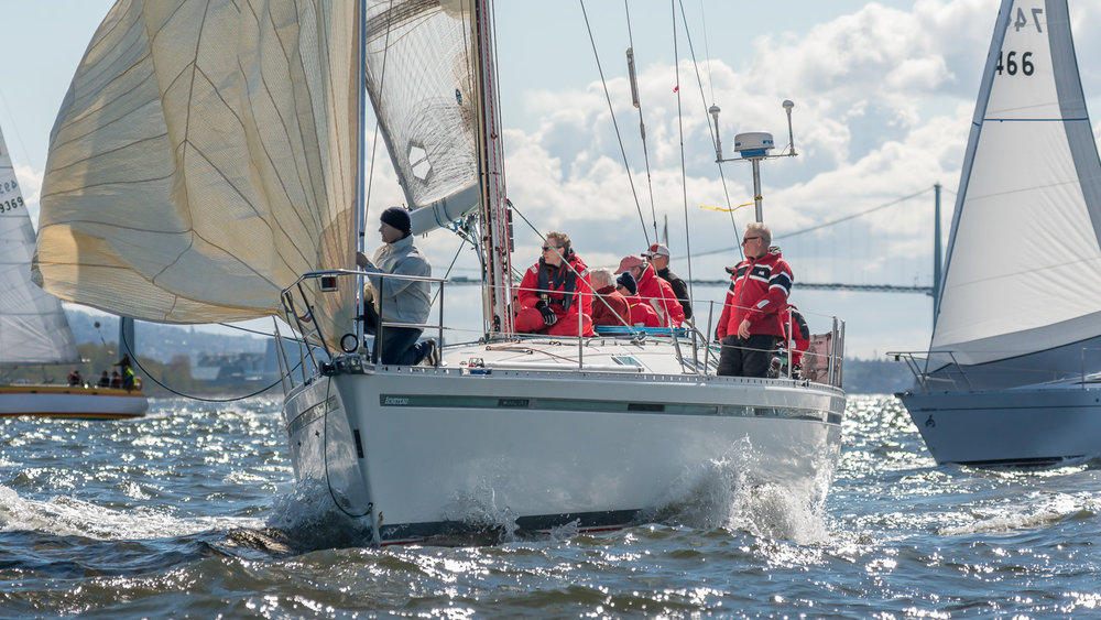 Pre start action during Southern Straits