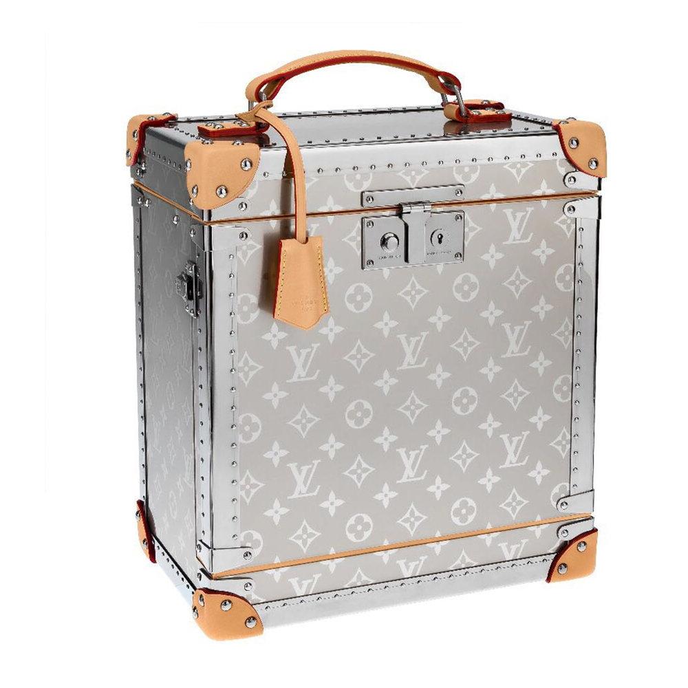 W&J BOX TITANIUM - €40,000 $54,500M20102MONOGRAM TITANIUM