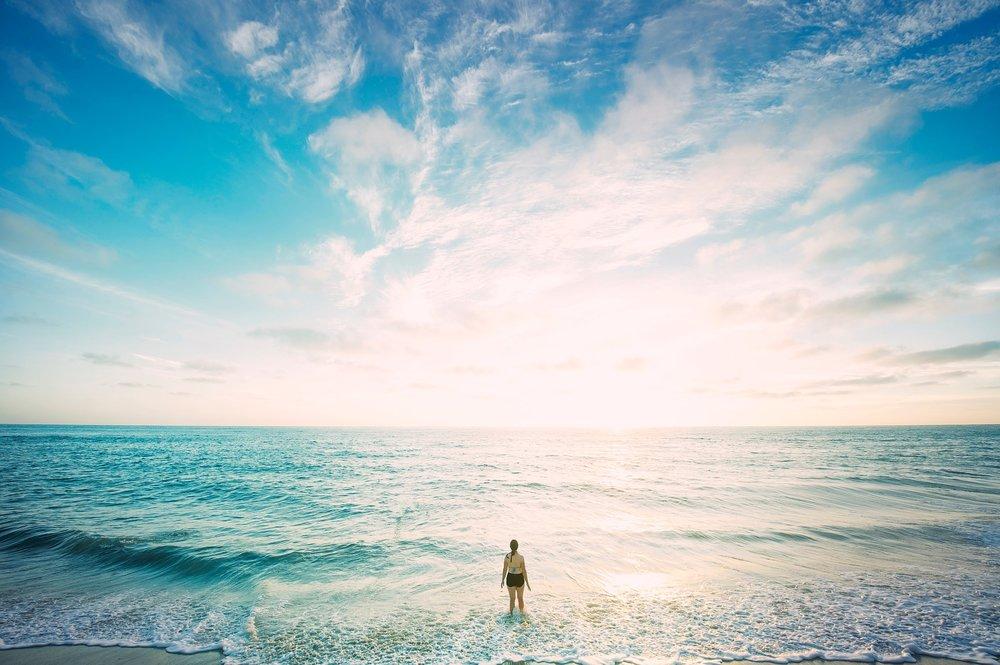 beach-1850250_1920.jpg
